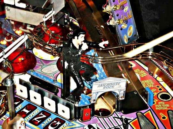 Elvis Pinball Machine By Stern