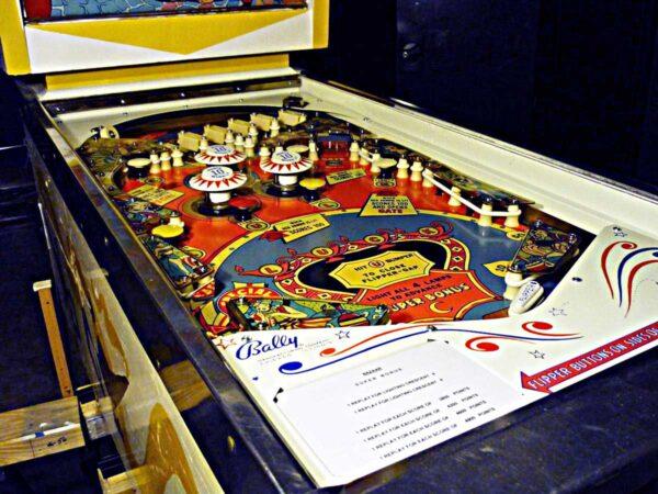 Bazaar-Pinball-71