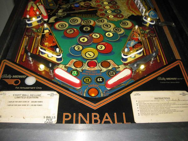 Eight-Ball-Deluxe-Pinball-81