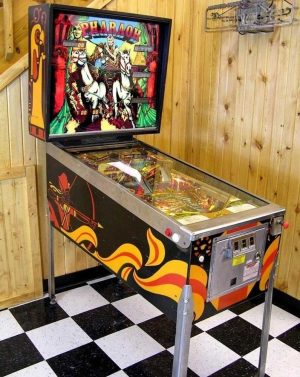Pharaoh Pinball Machine by Williams Electronics