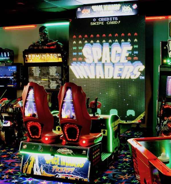 Space Invaders Frenzy Arcade